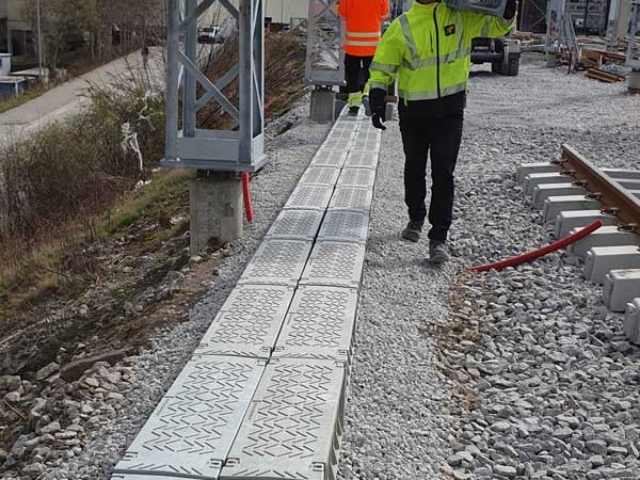 All Green Trough units are HSE compliant for a one-man lift