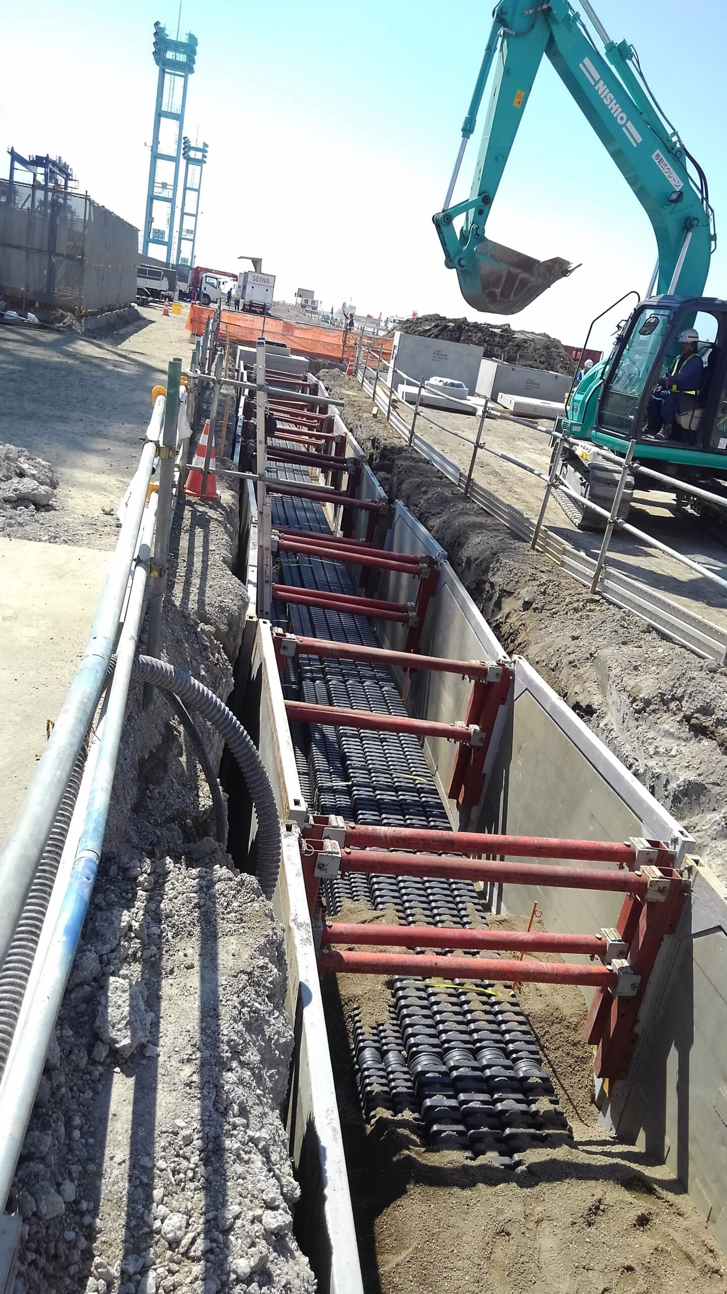 Furukawa EFLEX Square cable duct installed at seaport - plastic buried cable route